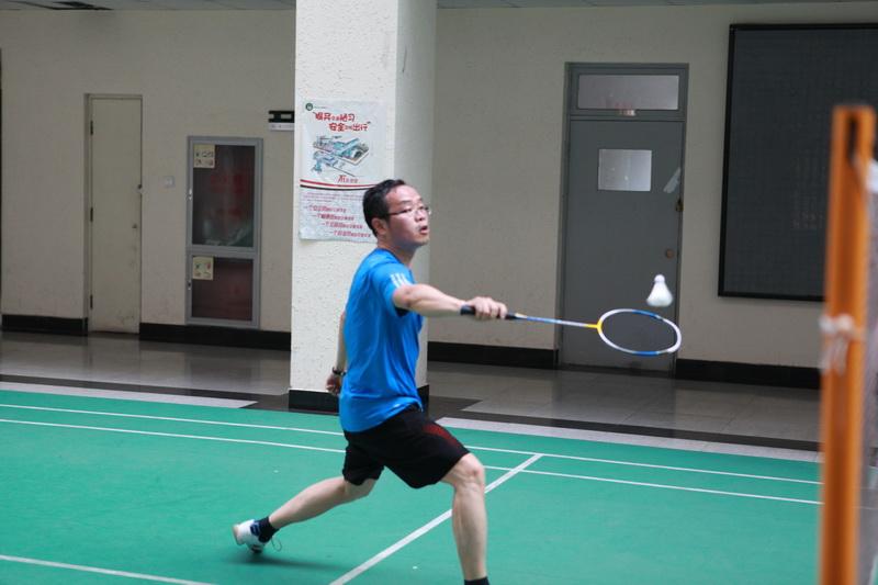 第二届教职工羽毛球男女单打、混合团体比赛圆满结束