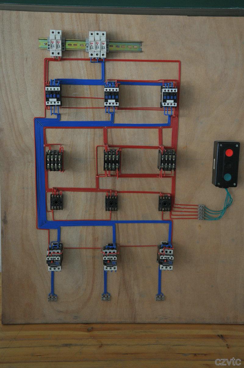 三相电器接线图